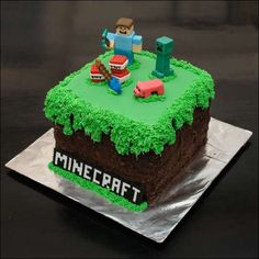 Minecraft Birthday Cake (make easy with oreo cookie crumb sides, toys on top for decor??) pinned by Gavin