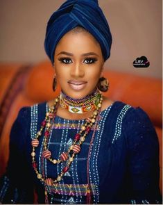 Check Out These Beautiful Photos Of Northern Bride Dressed In Fulani Attire - Gistmania African Attire, African Dress, African Beauty, African Women, Hausa Fulani, African Fashion Skirts, Kente Styles, Trending Photos, Most Beautiful