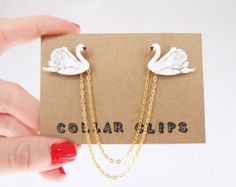 Collar Clips: Bees by AnEnglishGarden on Etsy
