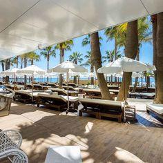 Pool sun beach moet mojito.... anything else?  Piscina sol playa moet mojito música... algo más?  #AmàreMarbella #Marbella #AmàrePool #CostadelSol