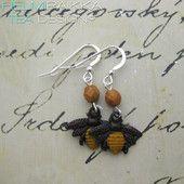 Mehiläiskorvikset 25€ #bee #mehiläinen #kevät #spring #earrings #korvikset