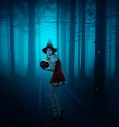 Create a Dark Photo Manipulation of a Young Witch in a Forest #photoshopcc #photoshoptutorials #learnphotoshop #photoeffects