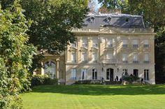 Le château de Vert-Mont, à Rueil-Malmaison (Yvelines).