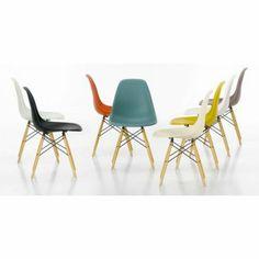 79€ Chaise Eames DSW en couleur par le designer Charles Eames