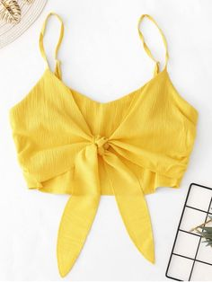Cami Top Outfit, Crop Top Outfits, Cute Casual Outfits, Pretty Outfits, Top Soirée, Cami Crop Top, Cropped Cami, Yellow Cami Tops, Leopard Print Outfits