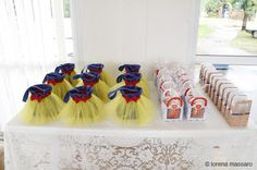 Party Favors at a Snow White Party #snowwhite #party