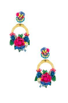 Ranjana Khan Flower Hoop Earring en Yellow & Blue | REVOLVE