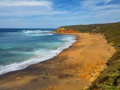 I'm currently travelling alone unfortunately and have spent the last couple of days in the absolutely spectacular Great Ocean Road region. Here's where it all started and be warned there's a fair amount to come. #greatoceanroad #bellsbeach #victoria by sam_trafford http://ift.tt/1KnoFsa