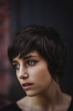 I love this adorable, feminine, long short cut. I think it's too short for my features to pull off, but it's so beautiful!