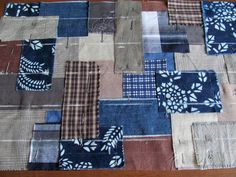 Sewing: Quilting and Patchwork. DIY step-by-step tutorial with pictures. Shashiko Embroidery, Boro Stitching, Japanese Bag, Denim Tote Bags, Japanese Textiles, Creation Couture, Japanese Embroidery, Patchwork Bags, Kantha Quilt