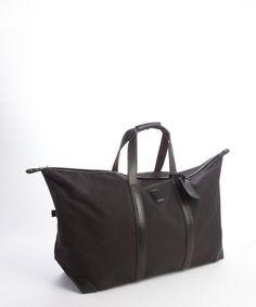 Home Luggage & Bags Cowhide Leather, Black Leather, Designer Travel Bags, Longchamp Black, Handbag Accessories, Luggage Bags, Gym Bag, Stylish, Fashion Design