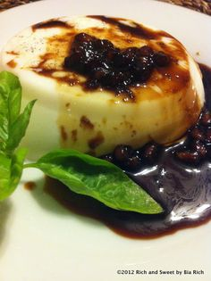Rich and Sweet: Vanilla Bean Panna Cotta with Balsamic Pomegranate Reduction