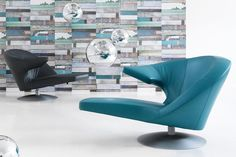 Parabolica chaise lounge