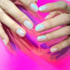 Glass Nail Art lassen euere Nägel wie Diamanten aussehen