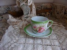 Antique porcelaine Bavaria des années 1920, marque Rare Lion rouge, Bouquet Floral rose Pastel, tasse à thé exquis et soucoupe, cadeau pour elle, amateur de thé