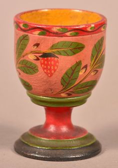 Turned and Painted Wood Footed Egg Cup Attributed to : Lot 331