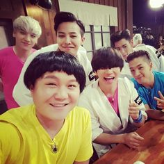 BIGBANG(ビッグバン)G-DRAGON(クォン・ジヨン)、T.O.P(チェ・スンヒョン) TAEYANG(SOL:テヤン:トン・ヨンベ)、DAESUNG(テソン:D-LITE)、スンリ(V.I:SEUNGRI)