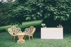 Bar-and-Love-Chairs.jpg (1000×667)
