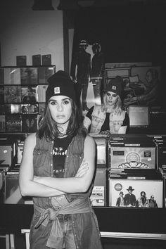 Get the #Grunge look! #JUNKYARDXXXY #denim #Carhartt @Carhartt  #streestyle #Mag
