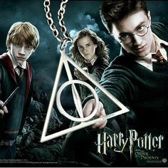 HOT Movie Harry Potter The Deathly Hallows charm talisman PENDANT Necklace Chain - #PotterHead #Jewelry Harry Potter Jewelry, Harry Potter Pin, Harry Potter Memes, Cosplay Harry Potter, Deathly Hallows Necklace, Daniel Radcliffe, Mischief Managed, Hogwarts, Pendant Necklace