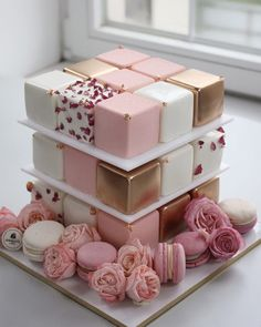 Cubed cakes - could this be a new Bridal Shower/Wedding Trend? Check out the 7 cake trends that are perfect for this…pink party ideas 7 Cake, Cake Mold, Cake Art, Cupcake Cakes, Cake Roses, Rose Cake, Beautiful Cakes, Amazing Cakes, Square Cakes