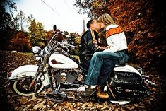 biker+wedding+ideas | Fall Engagement Photo Session Motorcycle Tennessee | Nashville Wedding ...