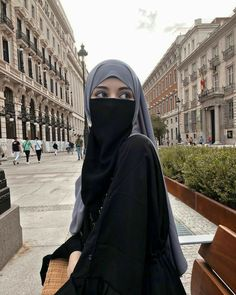 Niqab Fashion, Modern Hijab Fashion, Muslim Women Fashion, Hijab Fashion Inspiration, Hijabi Girl, Girl Hijab, Hijab Fashionista, Islamic Girl, Muslim Girls