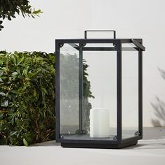 The Lighthouse lantern by Cane-line is the cream of the crop for any terrace or garden setting. Made out of aluminum and glass, the lantern is a safe way to create a warm atmosphere.