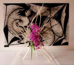 Ikebana Sogetsu (realizzato da Luca Ramacciotti)  Dipinto di Gioni David  Parra