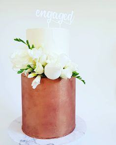 Engagement cake: 2 tier with double barrel bottom tier, fresh blooms, and custom acrylic topper by Studio 2 Tier Cake, Tiered Cakes, 2 Tier Wedding Cakes, Double Barrel, Engagement Cakes, Opening Day, Fancy Cakes, Cake Decorating, Decorating Ideas