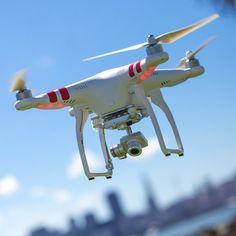 Phantom 2 Vision  Quadcopter