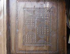 Great geometry on a Zafimaniry door. Ambalandingana, Madagascar. Photo by escandio via Flickr Madagascar, Geometry, African, Doors, Pattern, Furniture, Home Decor, World, Hair
