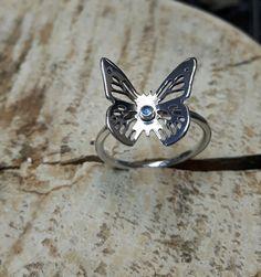 Pierścionek srebrny ażurowy motyl - MCHbizu - Pierścionki srebrne Silver Rings, Etsy, Jewelry, Jewlery, Jewerly, Schmuck, Jewels, Jewelery, Fine Jewelry
