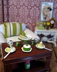 72/365: St. Patrick's Vignette by SS-Designs Doll Interiors, via Flickr 1:6th Scale