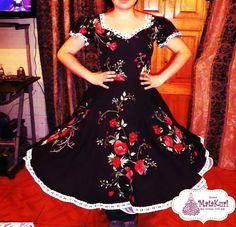 Fashion Designers Names, Short Sleeve Dresses, Dresses With Sleeves, Folklore, Crochet, Floral, Beauty, Folklorico Dresses, Models