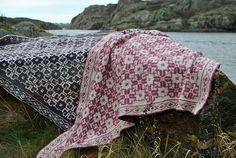 Ravelry: Ester's heart shawl pattern by Susanne Ljung