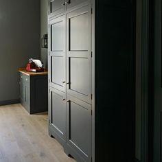 Monochromatic Simplicity by Homewood Bespoke #cabinetry #handmade #eggshell #larder #homewood #bespoke #handcrafted #bespokedesign #monticello #countrykitchen