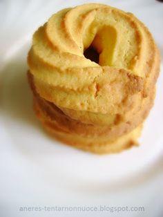 Tentar non nuoce: Con la farina di mais che stava nascosta in dispensa... Polenta, Cookie Recipes, Dessert Recipes, Desserts, Italian Cake, Sweet Pastries, Sugar And Spice, Food And Drink, Sweets
