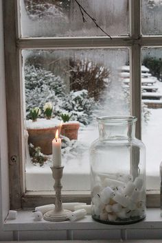 A view of the winter garden ~ vintage window scene. A view of the winter garden ~ vintage window scene. Winter Szenen, I Love Winter, Winter Magic, Winter Christmas, Winter Porch, Hygge Christmas, Xmas, Christmas Tree, Vibeke Design