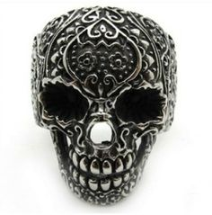 Skull Rings from #RebelsMarket #SkullRing