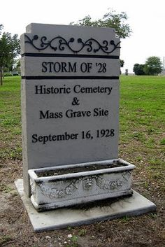 On September 1928 more than 3000 African Americans died when Lake Okeechobee… Vintage Florida, Old Florida, Today In Black History, Florida Girl, Lake Worth, September 16, Palm Beach County, Roadside Attractions, City Limits