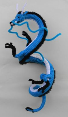 Custom Crochet Dragon by JRPcrochet on Etsy Crochet Dragon Pattern, Crochet Animal Patterns, Crochet Patterns Amigurumi, Crochet Dolls, Knitting Patterns, Crochet Animals, Crochet 101, Crochet For Kids, Crochet Crafts