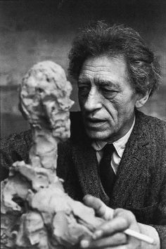 Portrait of the artist Alberto Giacometti by Henri Cartier-Bresson. Alberto Giacometti, Henri Cartier Bresson, Famous Artists, Great Artists, Photo Portrait, French Photographers, Portraits, Surreal Art, Photojournalism