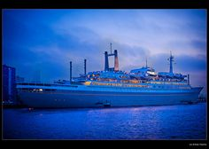 Old Cruise Ship : SS Rotterdam