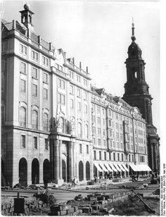Dresden, Altmarkt mit Kreuzkirche,1956
