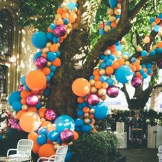 Turquoise blue: 60 color-coded ideas and photos - Home Fashion Trend Balloon Shop, Balloon Display, Balloon Backdrop, Balloon Columns, Balloon Decorations Party, Helium Balloons, Balloon Garland, Birthday Party Decorations, Birthday Parties