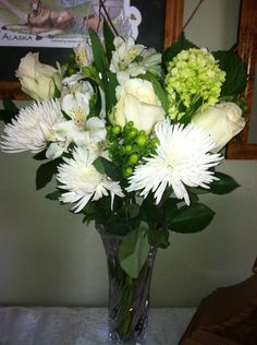 My realtor give me these classic white flowers to celebrate the closing of my house.