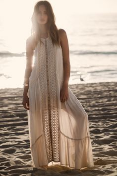 This would make the perfect casual boho wedding dress for a low key beach wedding.