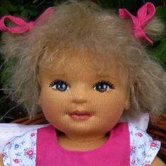 Artesanato em feltro, lembrancinha (nascimento, batizado, aniversário, casamento) almofada, prendedor de cortina, enfeite de maternidade, boneca.