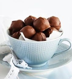Homemade Candies, Dog Food Recipes, Serving Bowls, Deserts, Sweets, Chocolate, Tableware, Easy, Deco